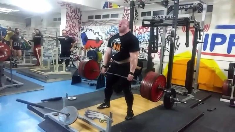 Петр Петраш - тяга 370 кг на 2 повторения