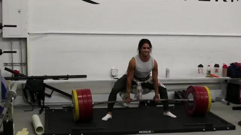 Стефани Кохэн - тяга 200 кг на 7