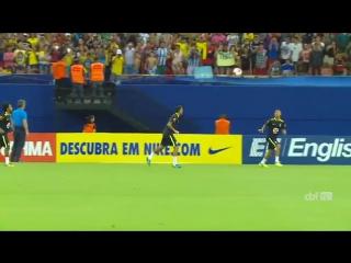Техничная разминка Неймара и Габриэла Жезуса в сборной Бразилии