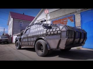 Житель Могилёва за полтора года превратил старую Волгу в настоящую машину из Безумного Макса