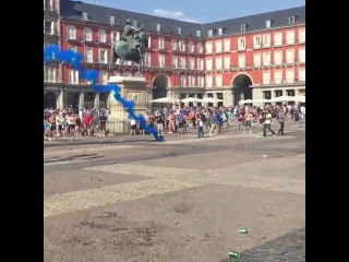 Leicester fans Hooligans vs police in Madrid before the game vs Atletico Madrid 12 04 2017 UCL \