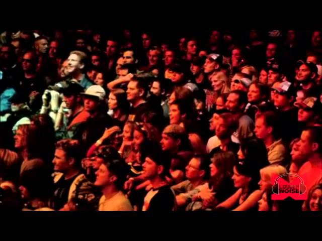 Buckcherry - Crazy Bitch (Live - Crue Fest)