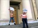 Белорусский КГБ увез активисток FEMEN в лес, раздел их, облил маслом и отрезал волосы
