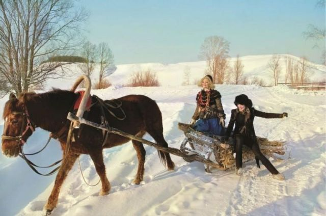 Rz2yLMWqdBQ - О деревенской жизни в фотографиях Андрея Яковлева