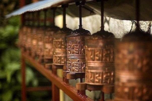 30 советов от непальских мудрецов:  1. Говорите медленно, а думайте