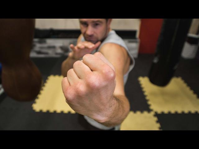 Как правильно бить апперкот в боксе Удары снизу руками rfr ghfdbkmyj ,bnm fggthrjn d ,jrct elfhs cybpe herfvb