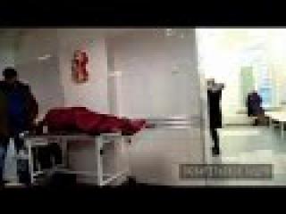 Мариинская больница держит оборону после истории с врачом и раненым пациентом ( ...