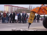 Председателю «Укравтодора» показали, как нужно строить и убирать дороги