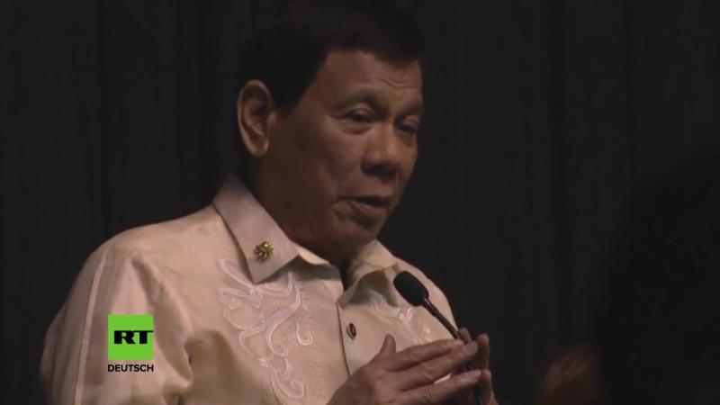 Du bist das Licht in meiner Welt Philippinischer Präsident Duterte singt Liebeslied für Trump