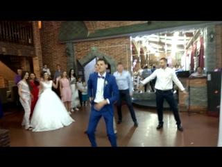Первый танец молодых на свадьбе Белоусиков