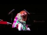 Tori Amos, On Saturday Afternoons in 1963 (Rickie Lee Jones cover) TivoliVredenburg 14-09-2017
