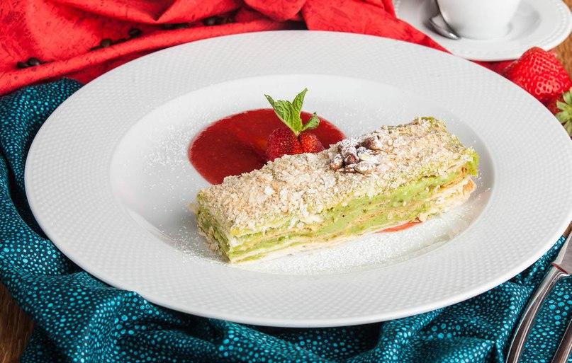 Многие думают, что знаменитый торт «Наполеон» – исконно р...
