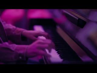 Mehmet Günsür singing ❤️