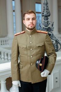 Олег Усманов