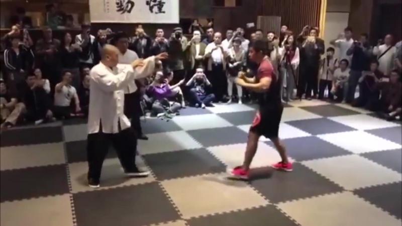 Боец ММА против последователя Брюса Ли