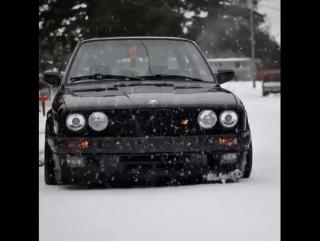 /// BMW E30