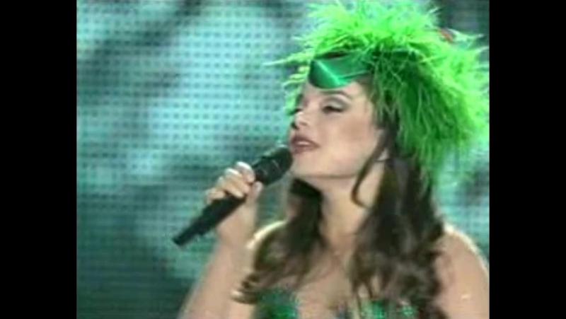 Наташа Королёва Дельфин и русалка Юдашкин шоу 2008