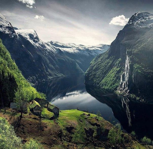 Роскошные пейзажи Норвегии 9Pyp9DLY700