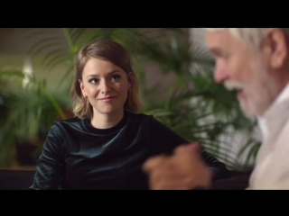 """Clara vloggar när Hasse öppnar sin """"beundrarpost""""(Melodifestivalen 04.02.2017)"""