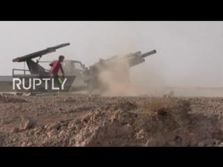 Syria- Syrian Arab Army battle IS near Abu Kamal