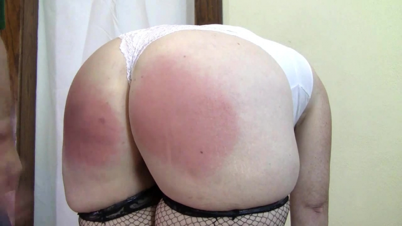 Lisettes Fat Ass Spanked In Fishnet Stockings HD big ass butts booty tits boobs bbw pawg curvy mature milf