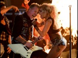 Metallica & Lady Gaga - Moth Into Flame (Live @ Grammy 2017)