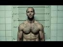 Дженсена Эймса привозят в тюрьму «Терминал». Смертельная гонка. 2008