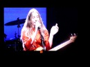 HAIM - That Don't Impress Me Much (Shania Twain cover) @ The Greek Theatre, Los Angeles - 10/19/17