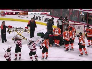 Вратарь клуба НХЛ потерял сознание во время матча