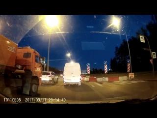 Падение метеорита в Санкт-Петербурге