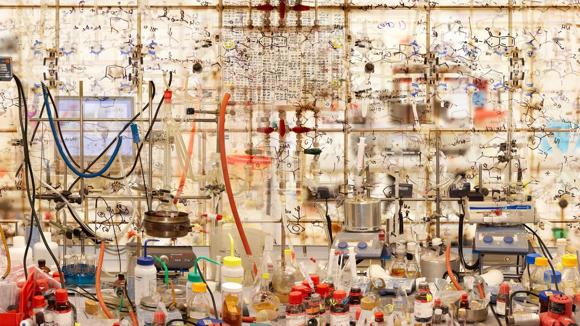 Что если необычайно прибыльная сфера научных публикаций вредит самой науке?