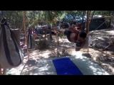 Олег Микрюков. Пару упражнений на тренажере ПравИло с противовесом в 140 кг