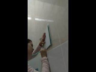 Смотреть в туалете посадил чужую жену на горячий поршень