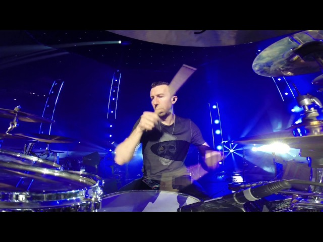 Thousand Foot Krutch Be Somebody Live