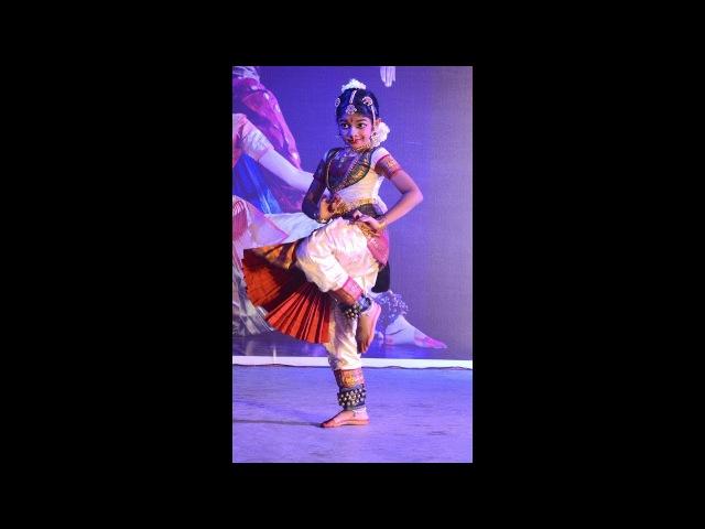 Sridevi Nrithyalaya - Bharatanatyam Dance - 8 year old Srinidhi Nandagopal