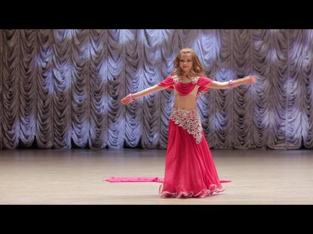 восточные танцы дети Бондарь Мария 7лет