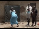 عندما يبدع الافريقي مشهد مجنون مضحك مع شعب