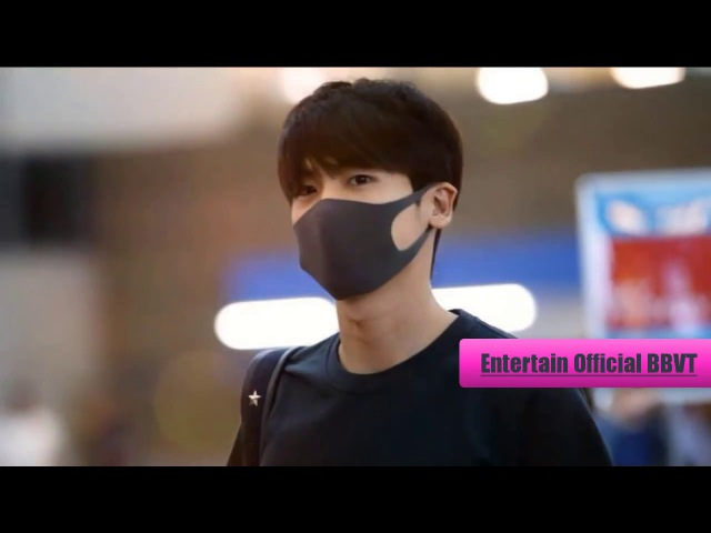 Park Hyung Sik 박형식 at Incheon Airport 인천국제공항 heading to Taiwan for his Fan Meeting