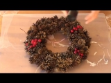 DIY Рождественский венок из шишек своими руками. Как сделать новогодний венок. О