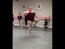 15-летняя балерина plus size вдохновляет десятки тысяч людей со всего мира! Юная Лиззи Хоэулл привела в восторг пользователей ин