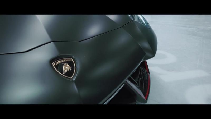 LEVELLA Lamborghini Aventador on ICE