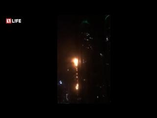 Высочайший небоскрёб мира горит в Дубае