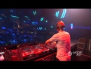 Armin van Buuren plays 'Shinovi - Indian Summer' at A State Of Trance Miami