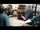 Так наливают пиво в баре в Германии. Дюссельдорф.