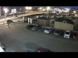 В Воронеже «Ниссан» снёс столб и сбил 4-летнюю девочку на тротуаре