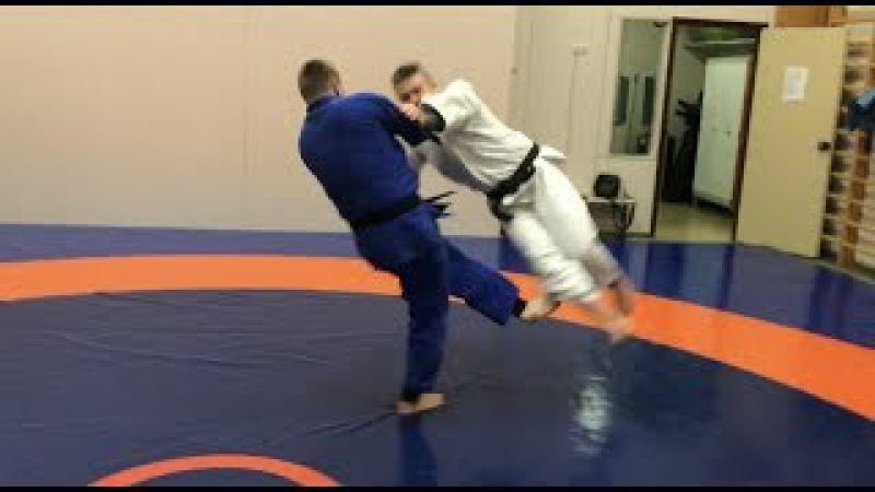 Дзюдо. Подсечкикомбинация. ОКУРИ АШИ БАРАЙ. Judo. Ashi waza. Ko uchi makikomi. Okuri Ashi Barai