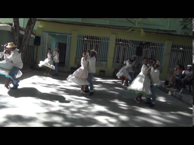Changui con Conjunto Folklórico Nacional de Cuba - Sabado de la Rumba 2014
