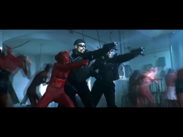 Блэйд - первая сцена встречи с вампирами .