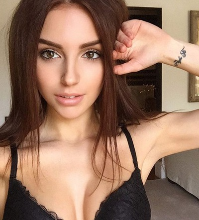 diana-yagafarova-seks-m-bah-smotret-masturbatsiya-devushek-na-veb-kameru