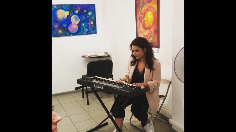 Выставка Ники Тартаковской